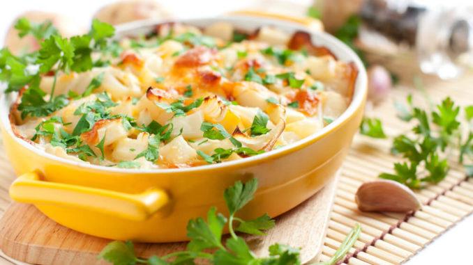 Auflauf mit Süßkartoffeln und Kartoffeln